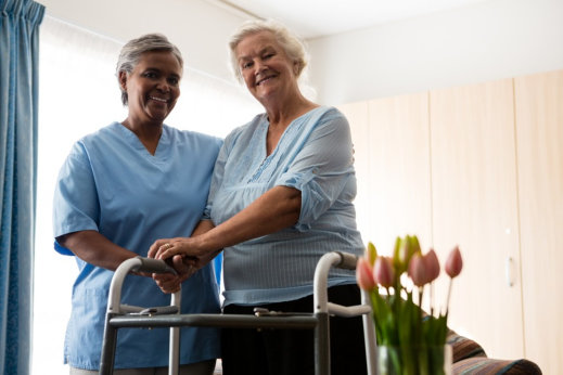 Tips to Help Seniors Adjust to a New Caregiver
